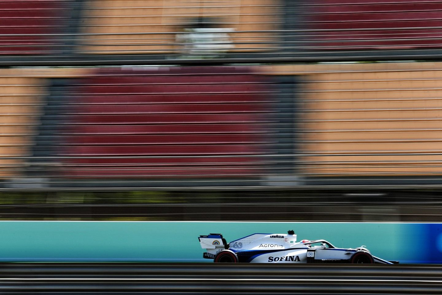 Williams © The-Race